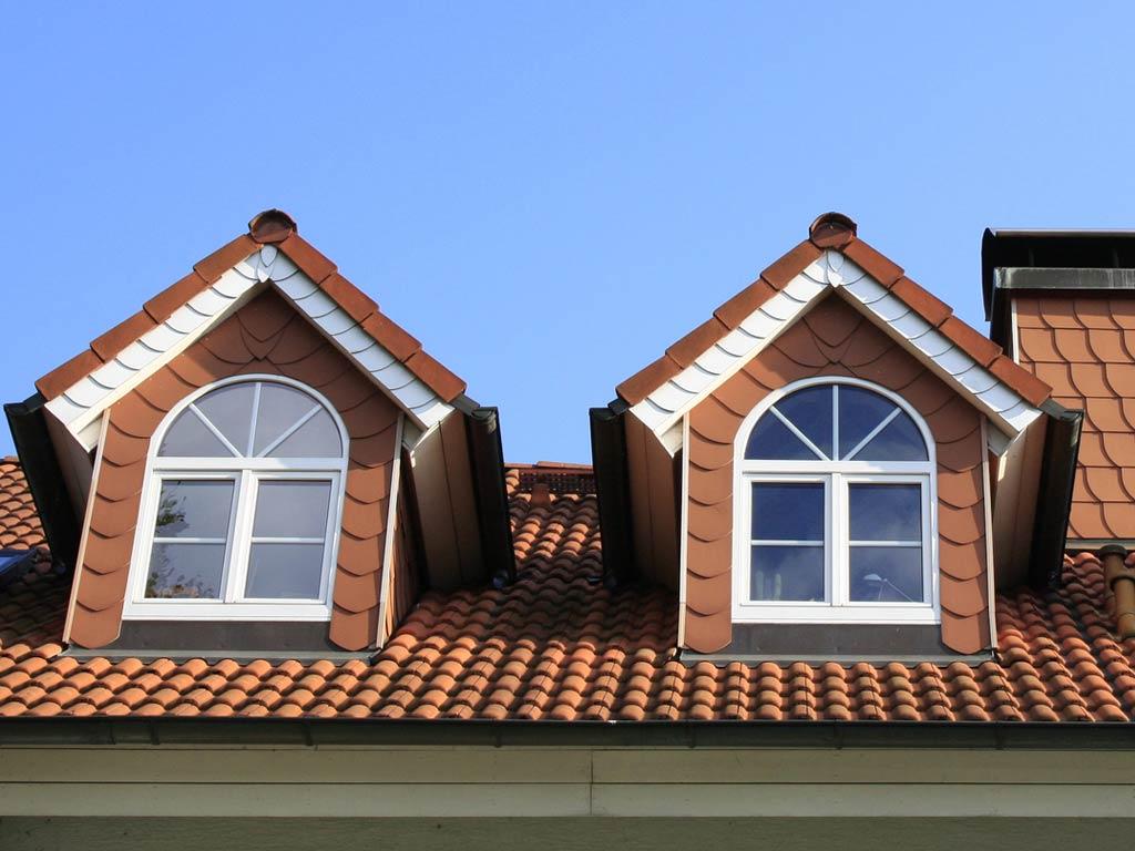 mehr wohnraum und lebensqualit t durch dachfenster. Black Bedroom Furniture Sets. Home Design Ideas